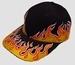 Cap flames zwart